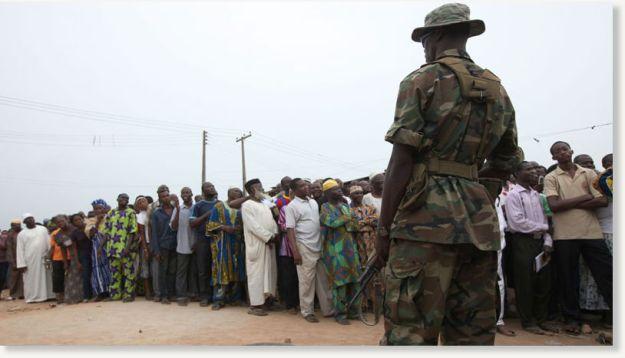 nigerian soldier ballot box 1